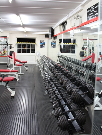 old ironworks gym maldon essex bodybuilding weight training dumbells